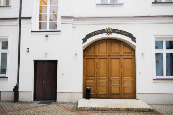 Drzwi wejściowe doTeatru Szkolnego